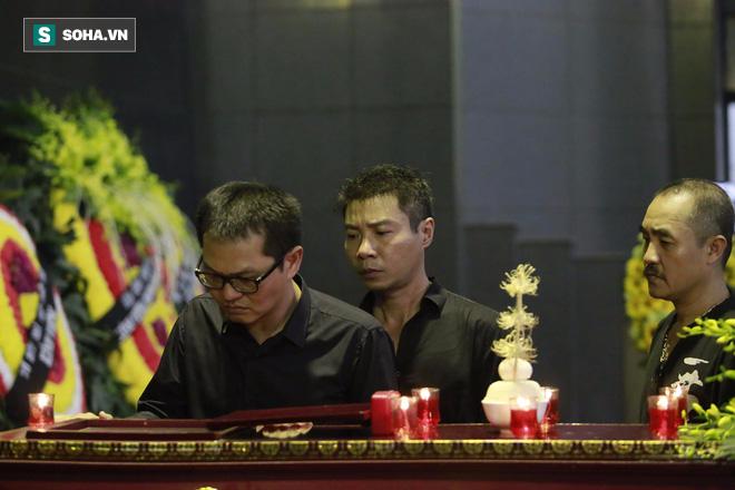 Gia đình, đồng nghiệp nghẹn ngào ở đám tang NSƯT Duy Thanh - Ảnh 18.