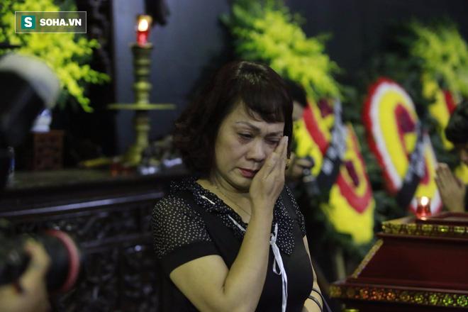 Gia đình, đồng nghiệp nghẹn ngào ở đám tang NSƯT Duy Thanh - Ảnh 17.
