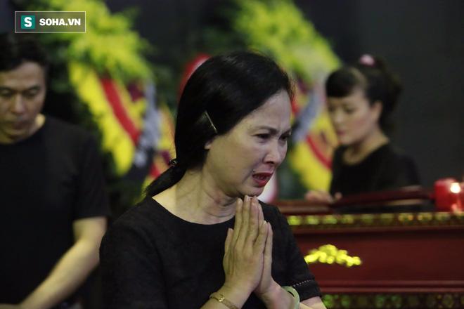 Gia đình, đồng nghiệp nghẹn ngào ở đám tang NSƯT Duy Thanh - Ảnh 16.
