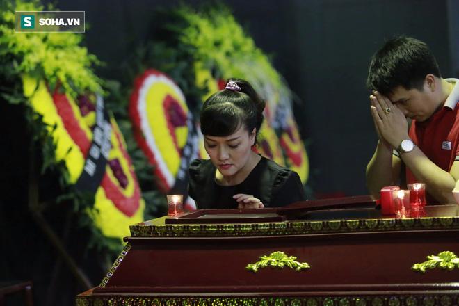 Gia đình, đồng nghiệp nghẹn ngào ở đám tang NSƯT Duy Thanh - Ảnh 15.