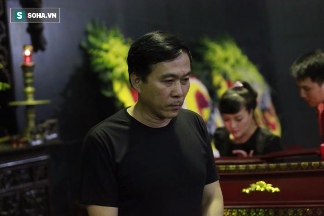 Gia đình, đồng nghiệp nghẹn ngào ở đám tang NSƯT Duy Thanh - Ảnh 14.