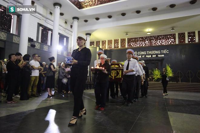 Gia đình, đồng nghiệp nghẹn ngào ở đám tang NSƯT Duy Thanh - Ảnh 3.