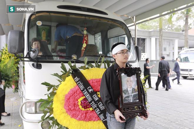 Gia đình, đồng nghiệp nghẹn ngào ở đám tang NSƯT Duy Thanh - Ảnh 2.