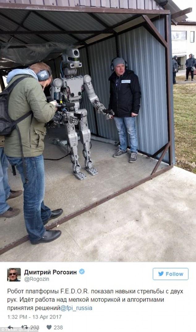 Nga chế tạo thành công robot đời mới có thể tự... bắn súng - Ảnh 2.