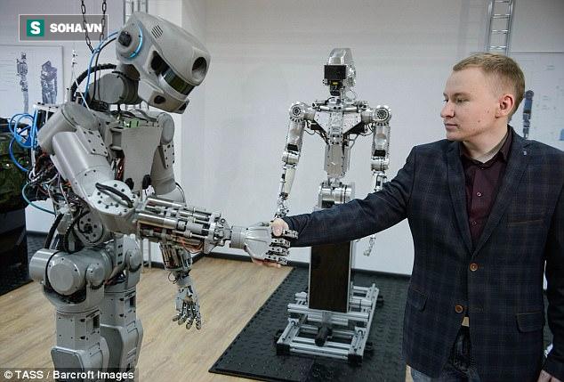 Nga chế tạo thành công robot đời mới có thể tự... bắn súng - Ảnh 1.