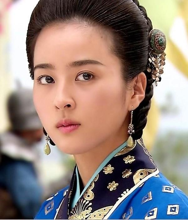 Dàn sao Truyền thuyết Jumong sau 10 năm: Người thành sao hạng A, kẻ rút lui khỏi làng giải trí - Ảnh 5.