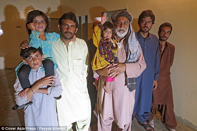Cụ ông 70 tuổi có 54 đứa con với 6 người vợ vì ngày trẻ quá sung sức - ảnh 4