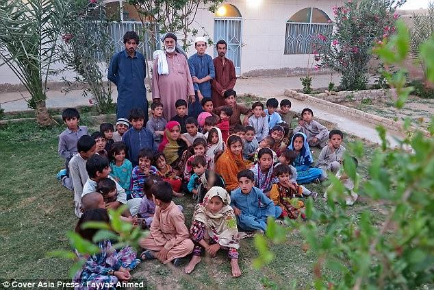 Cụ ông 70 tuổi có 54 đứa con với 6 người vợ vì ngày trẻ quá sung sức - ảnh 5
