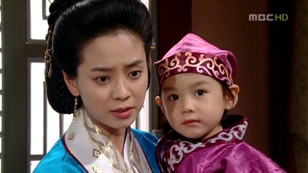 Dàn sao Truyền thuyết Jumong sau 10 năm: Người thành sao hạng A, kẻ rút lui khỏi làng giải trí - Ảnh 8.
