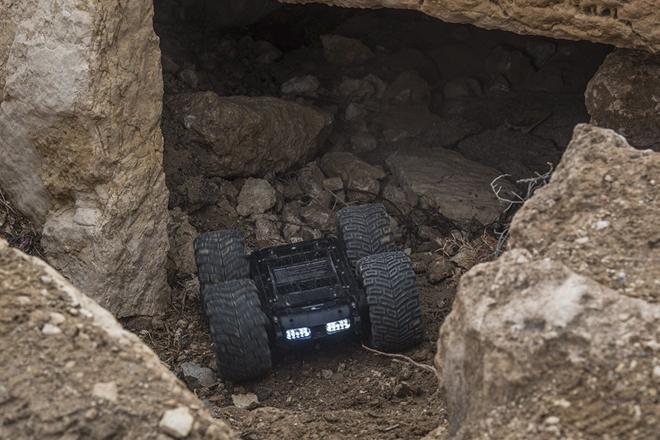 Xem công binh Nga dùng công nghệ cao tại Syria - Ảnh 2.