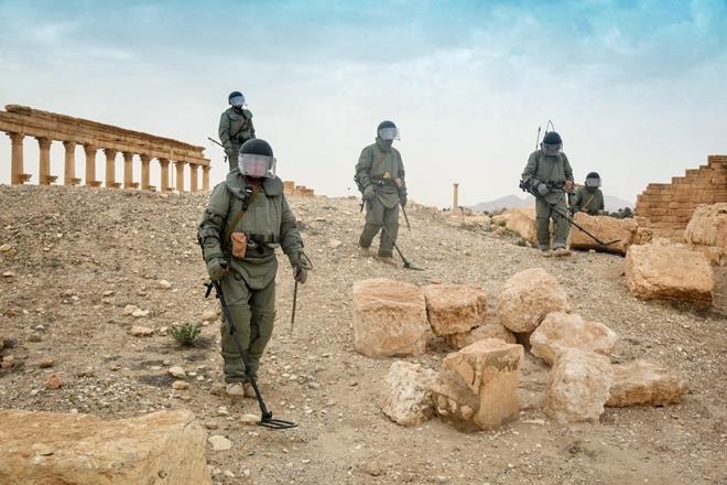 Xem công binh Nga dùng công nghệ cao tại Syria - Ảnh 4.