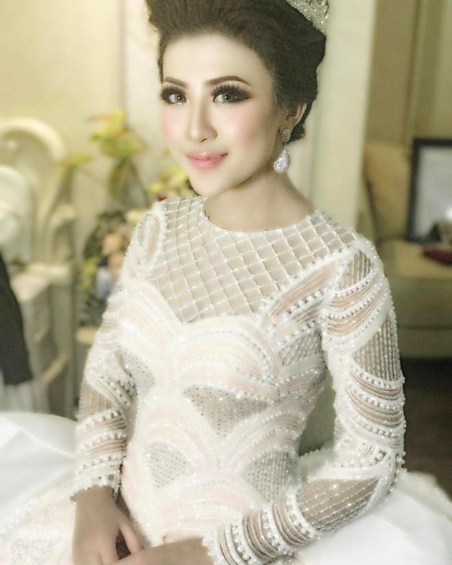 Cô dâu sở hữu bộ váy cưới nhiều like nhất Instagram - Ảnh 1.