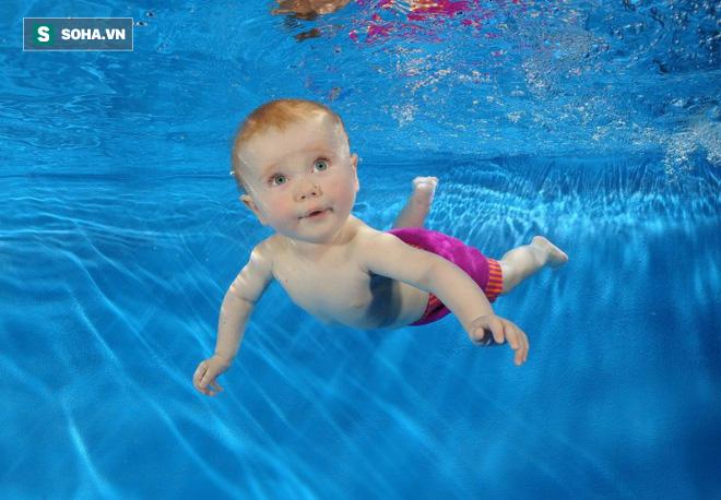 Nếu chưa biết bơi, hãy xem hướng dẫn này để tự tin xuống bể ngay trong mùa hè này - Ảnh 1.