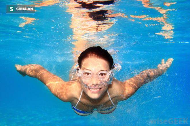 Nếu chưa biết bơi, hãy xem hướng dẫn này để tự tin xuống bể ngay trong mùa hè này - Ảnh 5.