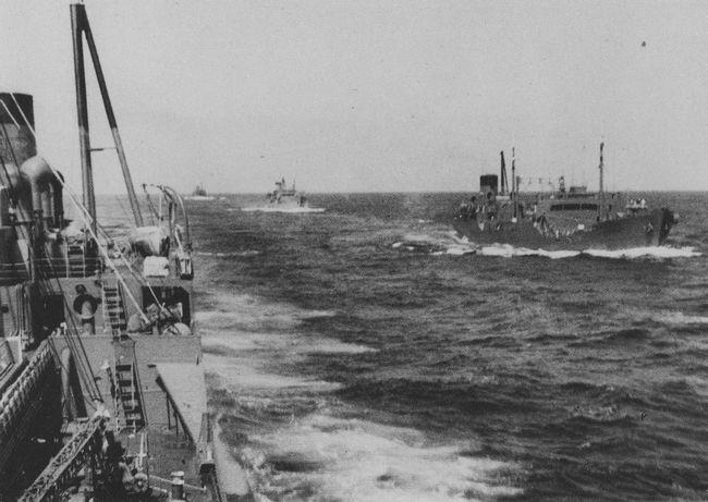 Giải mã cây chổi kỳ lạ treo trên tàu ngầm Mỹ - Ảnh 3.