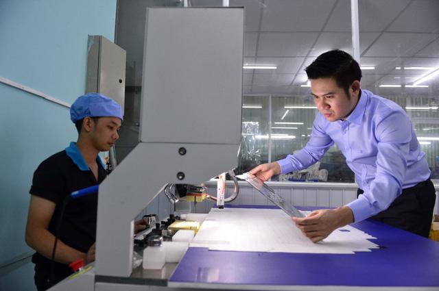 Ông chủ hãng tivi Việt làm mưa làm gió thị trường nông thôn: Khi khởi nghiệp, hãy tập trung vào một sản phẩm, một thị trường duy nhất! - Ảnh 1.