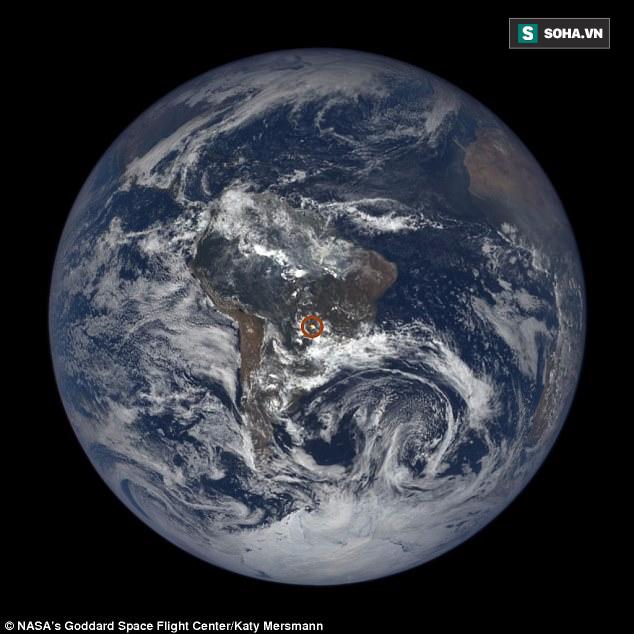 Chớp sáng lóe lên từ Trái Đất: Bí ẩn khiến NASA đang điên đầu giải mã - Ảnh 1.