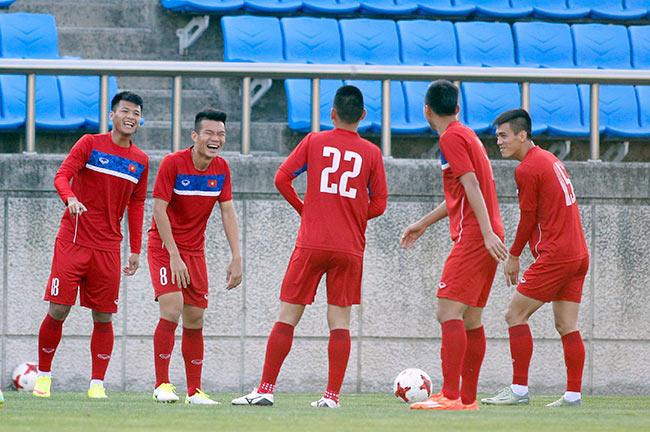 Hot boy U20 VN khiến HLV Hoàng Anh Tuấn âu lo - Ảnh 2.