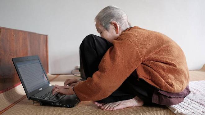 Ở tuổi 97, cụ bà này được phong là cụ bà sành sỏi Internet nhất Việt Nam - Ảnh 1.