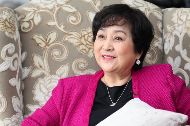 """""""Mỹ nhân đẹp nhất Đài Loan"""": Khi trẻ vạn người theo đuổi, về già nằm liệt giường không người chăm - Ảnh 4"""
