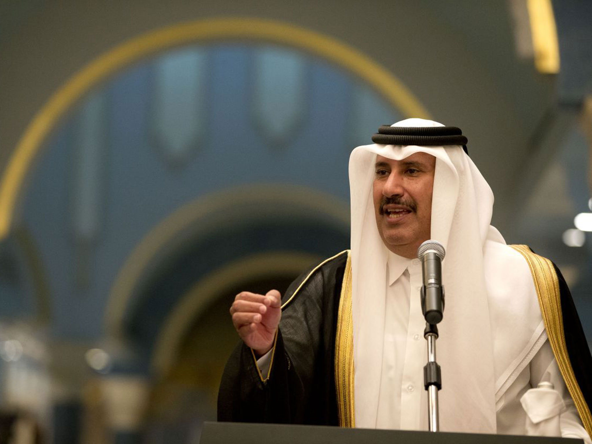 Hành trình lột xác của Qatar, nơi dân sống không cần đóng thuế, chết đã có Chính phủ lo - Ảnh 2.
