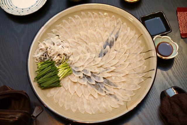 Hành trình gian nan để các bếp trưởng Nhật Bản được phép chế biến cá nóc - một trong những loài cá độc nhất thế giới 1