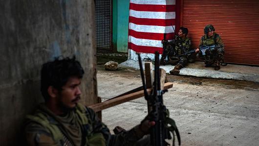 Mỹ đưa đặc nhiệm đến Philippines chống khủng bố thân IS - Ảnh 1.