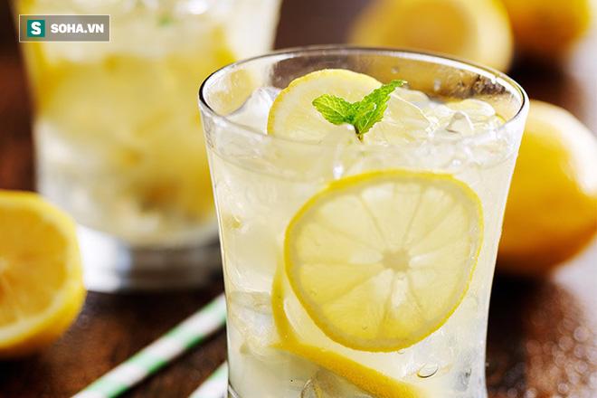 Bài thuốc dành cho người mất ngủ: Chỉ cần uống 1 cốc nước quen thuộc 2 giờ trước khi ngủ - Ảnh 1.