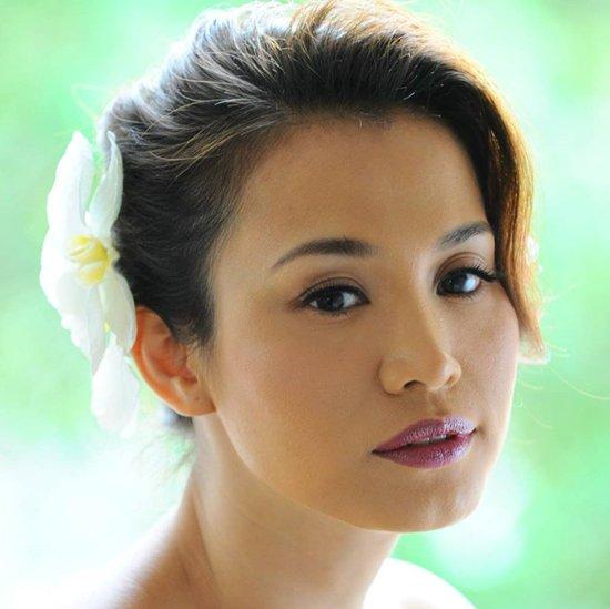 Cuộc sống của Hoa hậu Ngọc Khánh bên trời Tây giờ ra sao? - Ảnh 1.