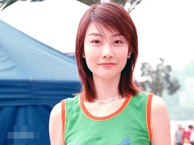 Cô gái từng bị chồng chưa cưới hủy hôn vì scandal ảnh nóng với Trần Quán Hy giờ sống sao? - Ảnh 1.