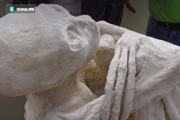 Xác ướp kì lạ sọ dài, tay 3 ngón mới được tìm thấy làm điên đầu giới khoa học 1