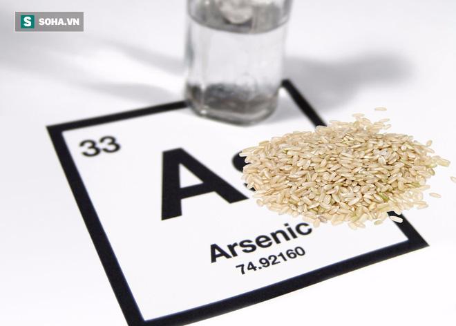 Vo gạo kỹ, chắt bớt nước cơm để tránh arsenic: Chuyên gia khẳng định không cần thiết - Ảnh 1.