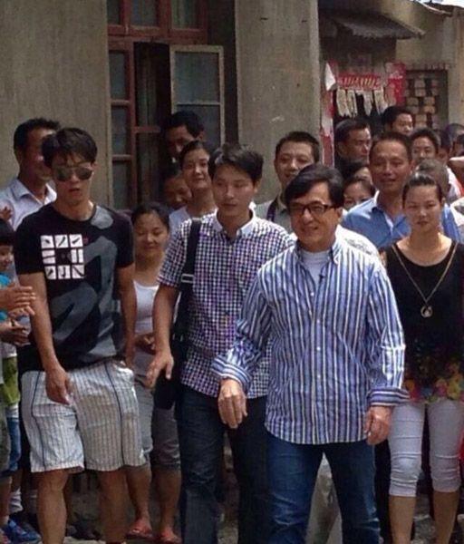 Anh trai Thành Long: Sống nghèo khổ ở quê nhà, chưa từng được em trai chu cấp một xu - Ảnh 4.