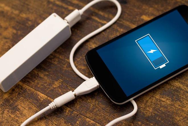 Công nghệ mới giúp bạn chỉ cần sạc pin điện thoại duy nhất một lần trong ba tháng - Ảnh 1.