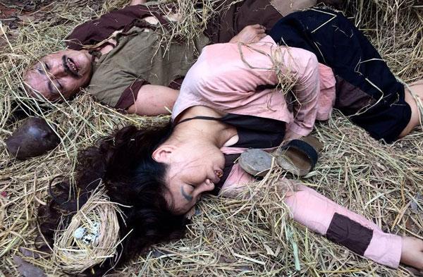 Diễn sung, Giang còi bị đồng nghiệp đánh chảy máu mặt - Ảnh 2.
