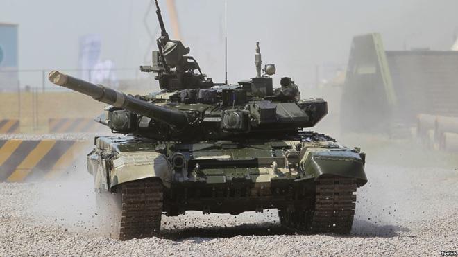 [NÓNG] Sputnik: Nga cung cấp 64 xe tăng T-90 cho Việt Nam - Ảnh 1.