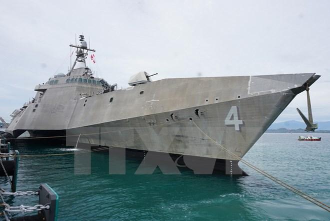 Tàu tuần duyên Mỹ cập cảnh Cam Ranh tham gia giao lưu hải quân - Ảnh 1.