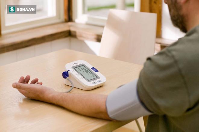 Người cao huyết áp muốn sống lâu đừng bỏ qua 9 lời khuyên này - Ảnh 1.
