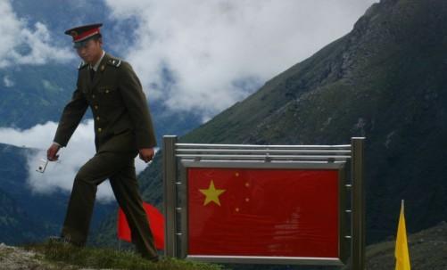 Lạnh gáy kịch bản cuộc chiến và so sánh tiềm lực quân sự Trung - Ấn - Ảnh 1.