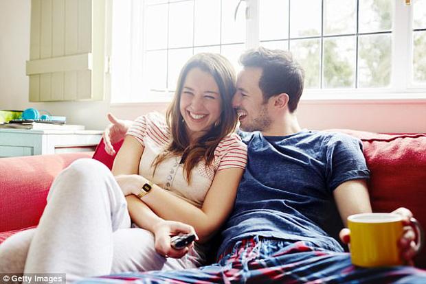 Nghiên cứu từ Harvard khẳng định: Chắc chắn tiền mua được hạnh phúc - Ảnh 2.