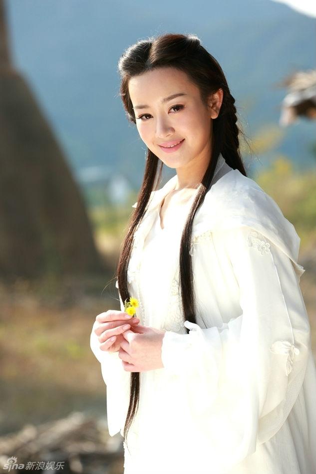 Trương Mông: Từ ngọc nữ cho đến người đàn bà lẳng lơ cướp chồng của đồng nghiệp - Ảnh 1.