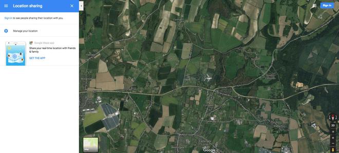 Hình ảnh hiếm có: bằng vệ tinh, Google Maps chụp được cảnh một chiếc máy bay đang lơ lửng giữa trời - Ảnh 2.