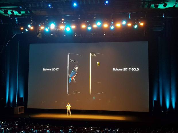 Bphone 2017 có phiên bản Gold ấn tượng với camera kép, chip Snapdragon 835, nhưng chưa sản xuất được? - Ảnh 1.