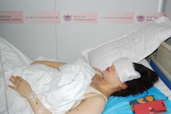 Sau màn tự tử hụt chấn động Đài Loan, mỹ nhân gợi cảm quyết định bỏ nghề, đi tu - Ảnh 2.
