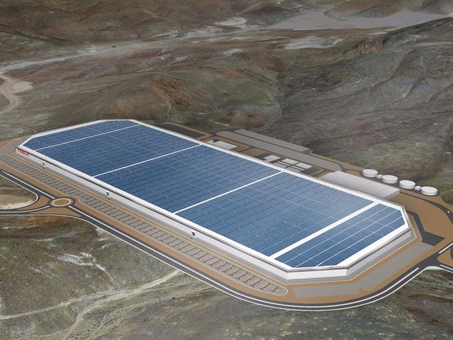 Cùng ngắm nhìn vẻ bề ngoài của siêu nhà máy khổng lồ Tesla Gigafactory rộng tới hơn 5 triệu mét vuông - Ảnh 1.
