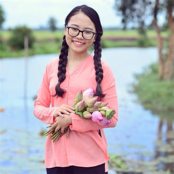 Phương Mỹ Chi và bản lĩnh 4 lần vượt scandal của cô bé 14 tuổi - Ảnh 1.