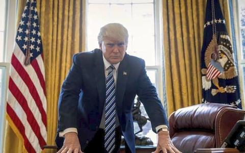 """Tổng thống Donald Trump dọa """"súng đã lên nòng"""" với Triều Tiên - Ảnh 1."""