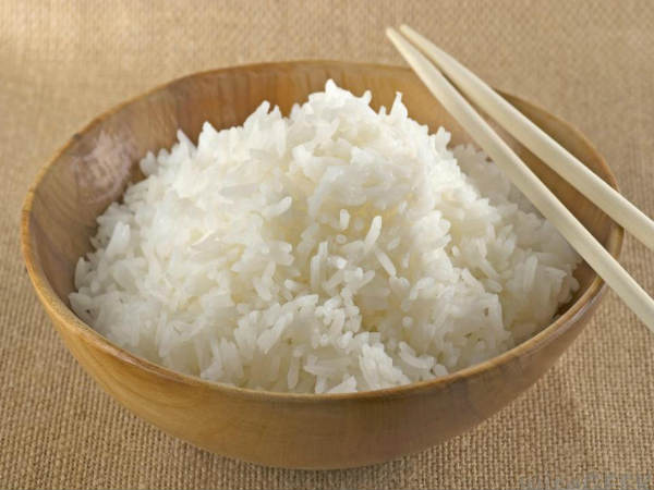 Công dụng bất ngờ khi cho một thìa dầu dừa vào gạo rồi nấu cơm, bạn đã biết chưa? - Ảnh 1.