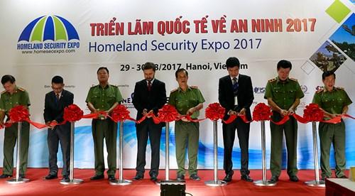 Khai mạc Triển lãm quốc tế về an ninh 2017 - Ảnh 1.