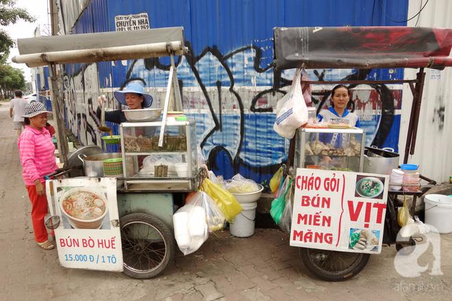 Bò và Vịt đôi chị em bán hàng dễ thương nhất Sài Gòn: Thân như ruột thịt, đắt thì đắt chung, ế cũng ế cùng - Ảnh 1.